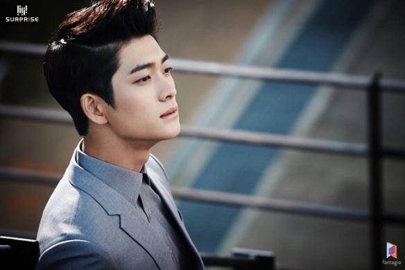Kang-Tae-Oh.jpg