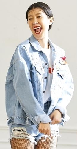 hong jinkyung.png